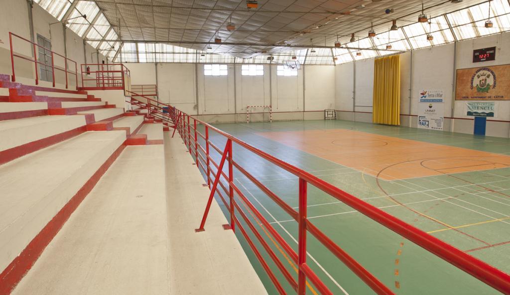 Pabell n municipal voleibol ajuntament de x tiva for Gimnasio xativa